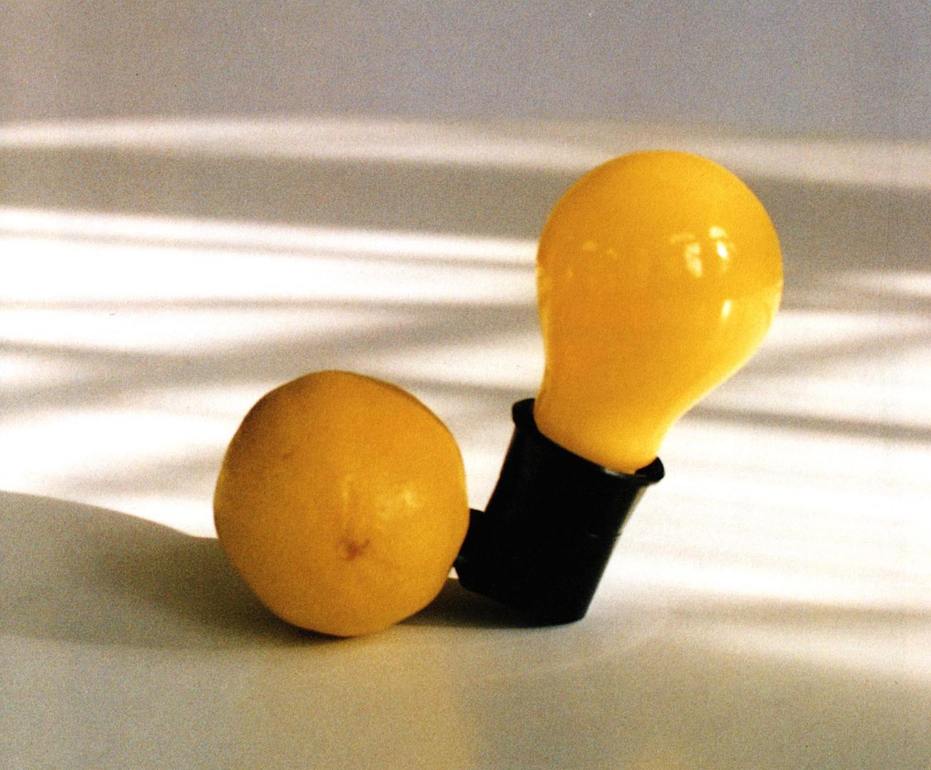 "/""Capri-Batterie/"" JOSEPH BEUYS 1985  Kunst-Postkarte"