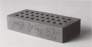 Joseph Beuys - Backstein für F.I.U., 1983, brick