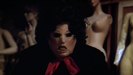 "A film still from David Smoeller's ""Tourist Trap""."
